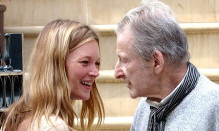 http://kunstbegriff.files.wordpress.com/2014/02/be616-lucian-freud-kate-moss-photo.jpg?w=450